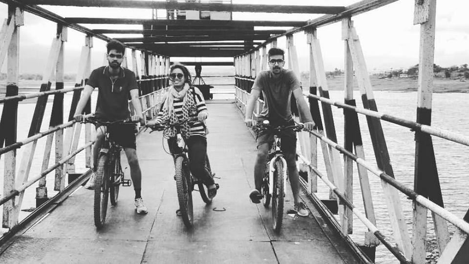 Cycle on rent by three friends in Pune near KasarSai dam